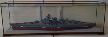 Display Case house Bismark Model